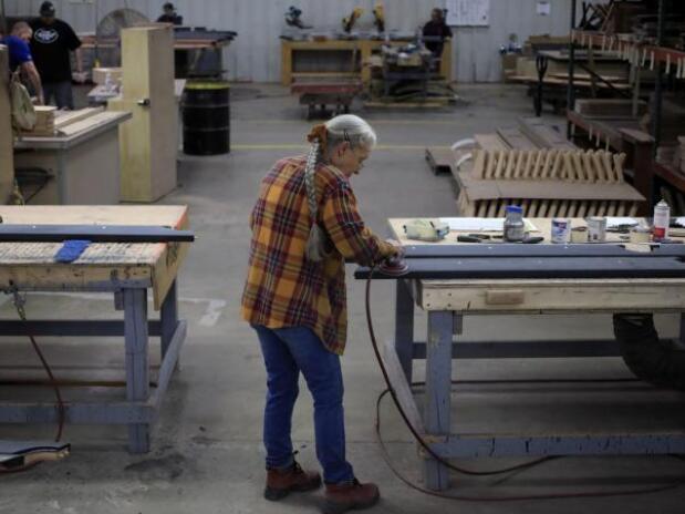 上周美国首次申请失业救济人数的降幅为6月底以来最大