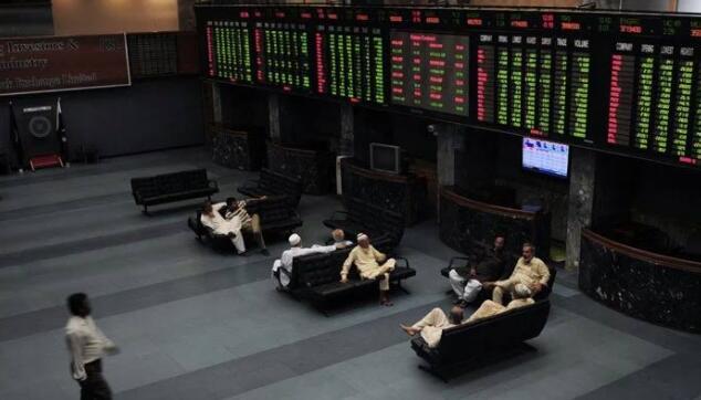 经济逆风拉低KSE-100指数