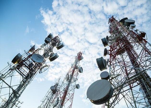 内阁可能会在周三考虑对电信行业的救助方案