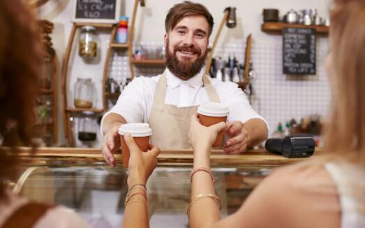 在今年余下的时间里 您可能可以获得免费咖啡