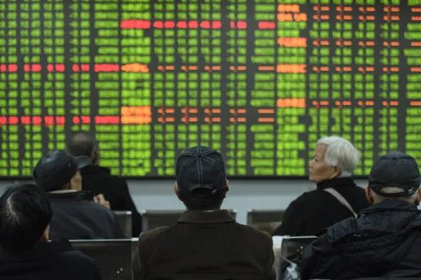 多数亚洲市场在复苏希望的推动下上涨 但同时也面临紧缩